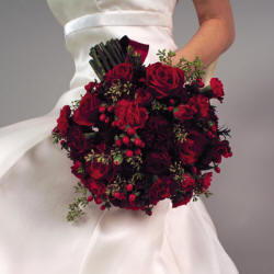 Full range of all styles and colors of bridal bouquets and wedding celebration flowers.
